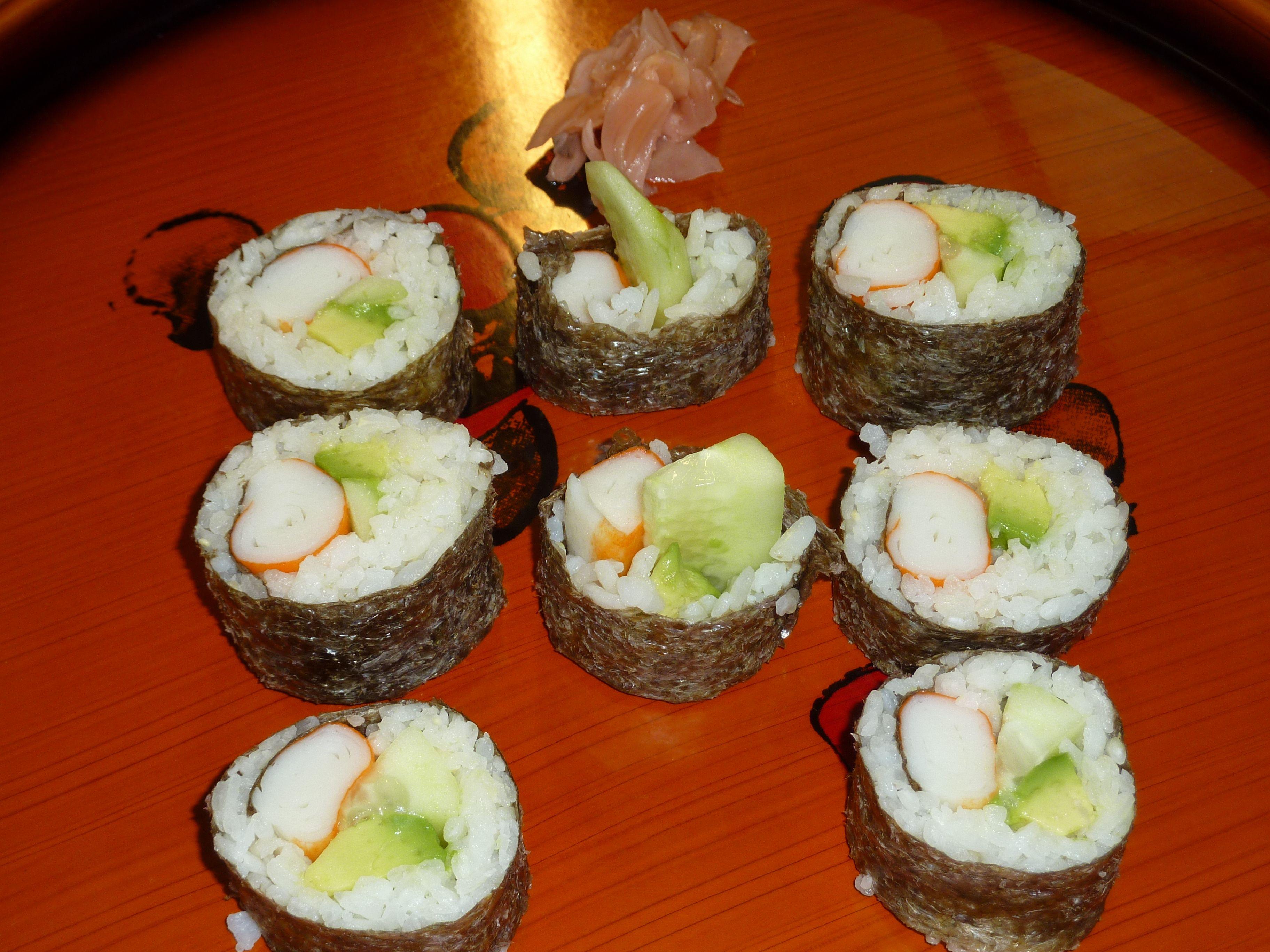 Distintas Recetas De Rollitos De Sushi Makis Www Cocinista Es
